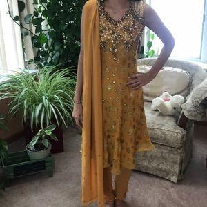 Dresses & Skirts - Indian 3-Piece Churidar Suit